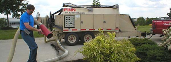Finn barkblower in use