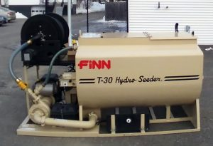 Finn hydroseeder T-30
